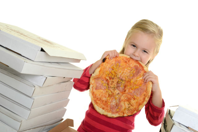 El comer compulsivo en la niñez   Planeta Mamá