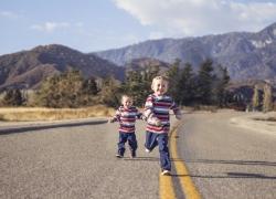 Cuál es la diferencia entre gemelos y mellizos? | Planeta Mamá